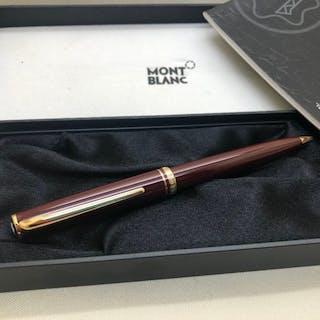 684926eb08046 Montblanc - Generation Burgundy Resin & Gold Ballpoint Pen