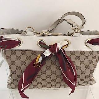 0939f849065ac0 Gucci - Positano Handbag – Current sales – Barnebys.com