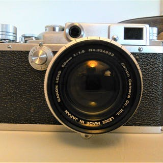 Canon IIS2 rangefinder camera, with Canon 1:1,8 f50mm lens