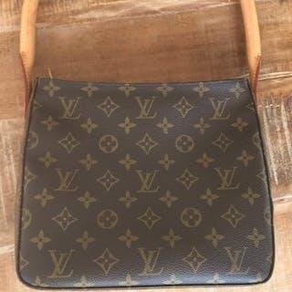3d83aa9bd3d3 Louis vuitton bag – Auction – All auctions on Barnebys.co.uk