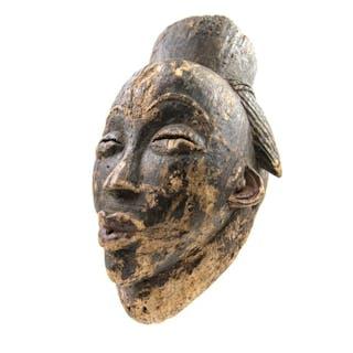 Mask - Wood - Okuyi - Punu - Gabon