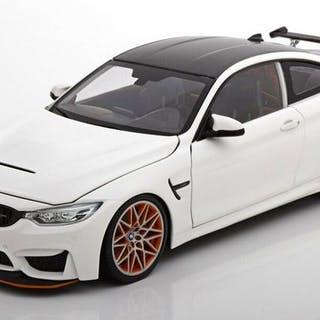 MiniChamps - 1:18 - BMW M4 GTS 2016 - Wit