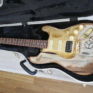 G.U. - Modello Stratocaster di alta liuteria - Fatta a...