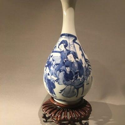 Vase, Vase 'Yuhuchunping' (1) - Porcelain - China - 18th century