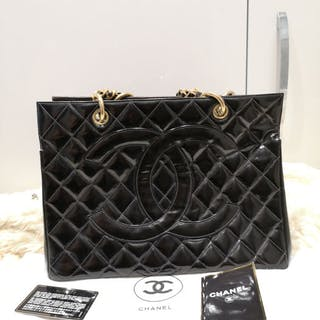 f860779a753b8e Chanel - Vintage Black Quilted Patent Leather CC Tote bag