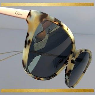 0fb10ed041f96 Dior – Auction – All auctions on Barnebys.com