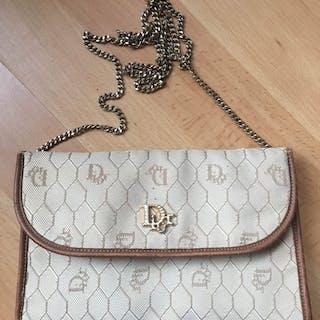 e5cb5ffd72d2a Dior bag – Auction – All auctions on Barnebys.com
