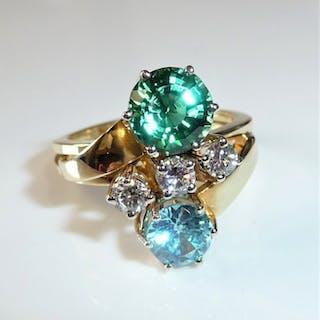 14 kt. Gold - Festive gemstone ring 2.6 ct. Turmaline + 0.45 ct. Diamonds