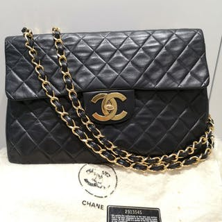 Chanel - Maxi Quilted Flap CC LockGold ChainShoulder bag