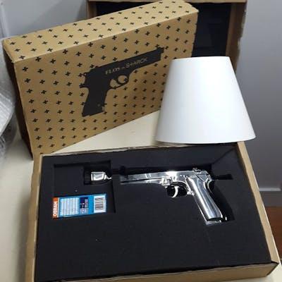 Philippe Starck Flos Lampada Da Tavolo Guns Bedside Gun Barnebys