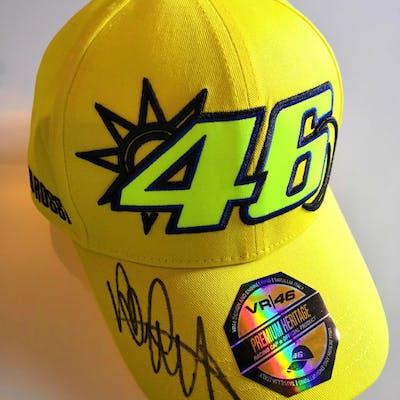 VR46 - MotoGP - Valentino Rossi - cappellino autografato con foto prova