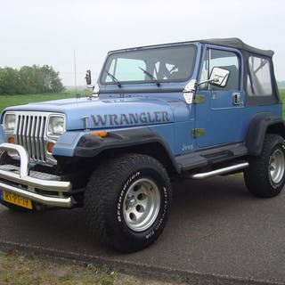 Jeep - Wrangler 4.2 Laredo 4x4- 1988