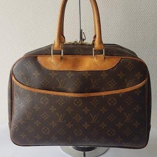 12a2c927d4f5a Louis vuitton – Auction – All auctions on Barnebys.co.uk