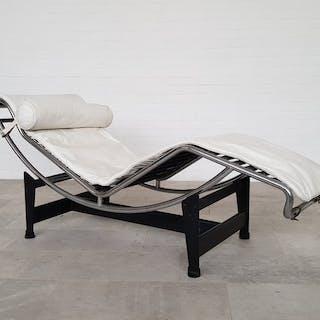 Le Corbusier - Cassina - Armchair (1) - LC4