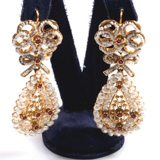 29a15a1c8 18 kt. Yellow gold - Earrings Ruby - Pearls