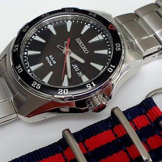 b87c4cb73 Seiko - Seiko Solar sport watch+ free military webbing.