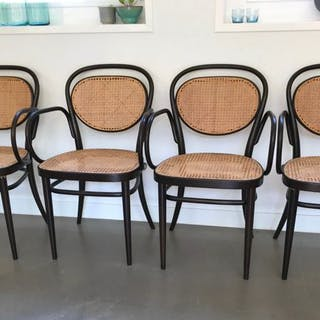 Thonet - Chair (4)