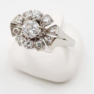 18 kt. White gold - Diamond Ring - 750 White Gold - 11 Diamonds