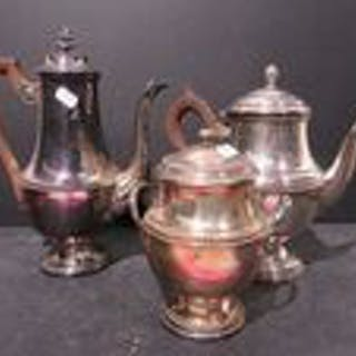 Coffee and tea service (3) - Silverplate - France - Early 20th century
