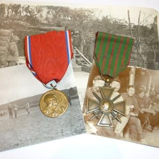 France - Lot 2 médailles dont Verdun 1916 + photos (3.2B)...