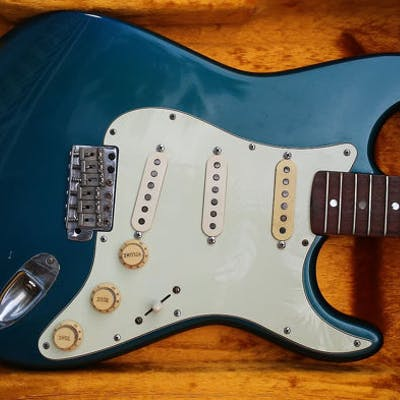 Fender - 1965 Stratocaster Lake Placid Blue - Solid body
