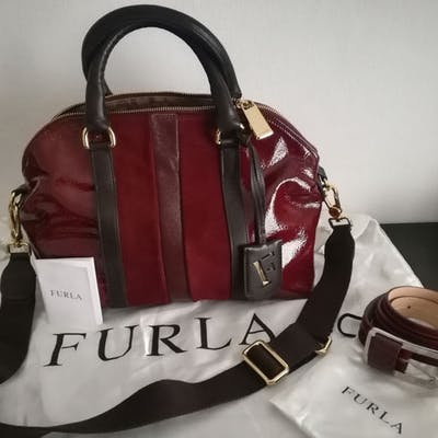2513e7781f5 Furla Shoulder bag | Barnebys