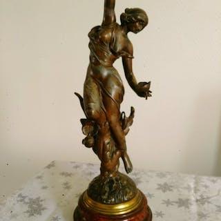 """After Julien Caussé (1869–1914) - """"Papillon"""", Sculpture (1) - Régule - ca. 1900"""