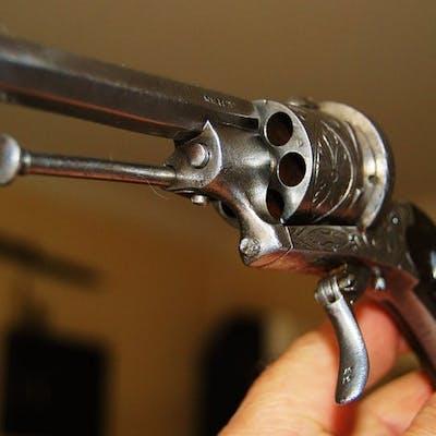 Belgium - Belgian Arms cie - ELG - revolver type    | Barnebys