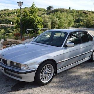 BMW - 750i - 1996