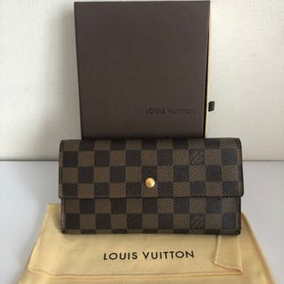 Louis Vuitton International Long Trifold Wallet Damier