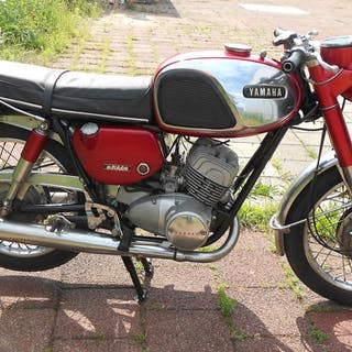 Yamaha - YDS5 - 250 cc - 1967