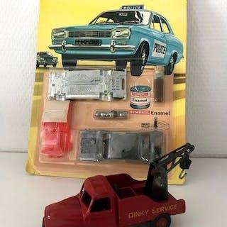 Dinky Toys - 1:43 - x2 Dinky Toys  # 1004 & 35A