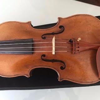 Labeled Hermann Dolling - Violino - Germania