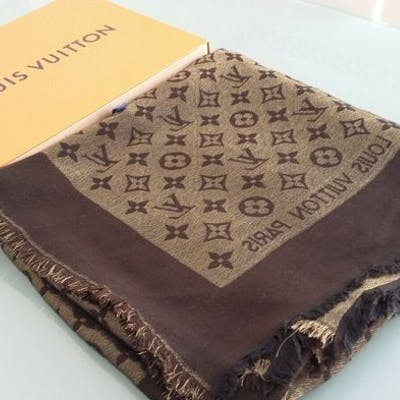 codice promozionale e6b21 1290a Louis Vuitton foulard etole stole scarf monogram XL | Barnebys