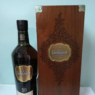 Glenfiddich 30 years old - b. 2000s to today - 0.7 Ltr