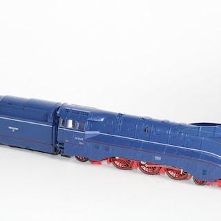 Märklin H0 - 3489 - Dampflokomotive mit Tender - BR 03,10 - DRG