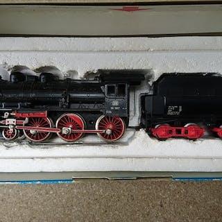 Märklin H0 - 3098 - Dampflokomotive mit Tender - BR 38 - DB