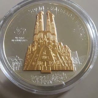 Cook-Inseln - 10 Dollar 2009- Skulpturmünze- 'Sagrada Familia' - 1 Oz - Silber