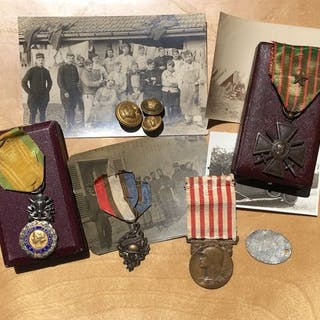France - Grouping medals guerre 1914 1918 + box + photos...