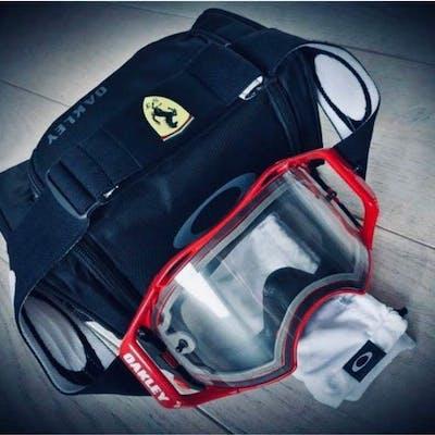 Vestiario - Ferrari - Oakley pit stop mechanics safety glasses formula 1 - 2016