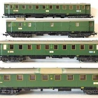 Märklin H0 - 4139/4141/4142/4144 - Personenwagen - Vier Personenwagen - DRG