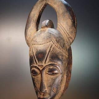 Masque anthropo-zoomorphe - Bois - MBLO - BAOULE / BAULE - Côte d'Ivoire