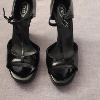 Tod's - Melina Sandals - Size: IT 38.5