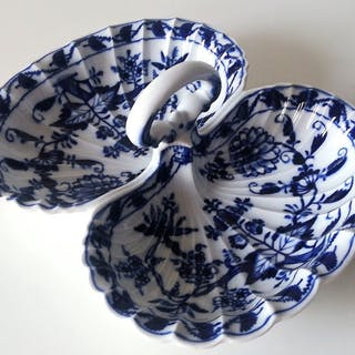 1824-1870 - Double Tray - Blue Onion / Zwiebelmuster (1) - Porcelain