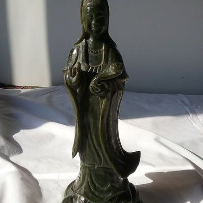 Statue - Jade (untested) - Guanyin - China - Late 20th century