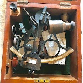 Sextant de micromètre, Husun no. 19664 - Laiton - circa 1936