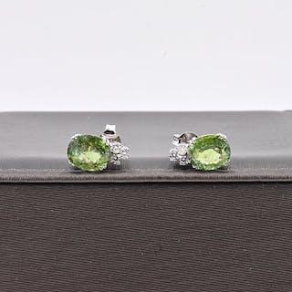 18 kt. White gold - Earrings - 5.47 ct Tourmaline - Diamonds