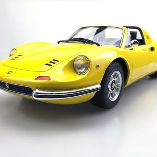 Top Marques - 1:12 - Ferrari 246 GTS Dino