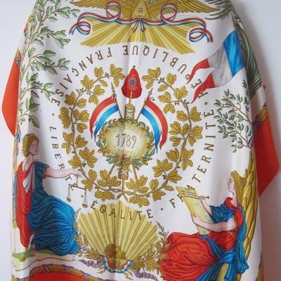 Hermès - Foulard en Soie Square
