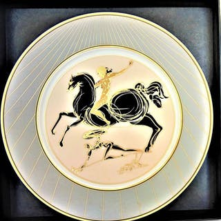 Salvador Dalí - Homenaje a Fideas - Porcelain plate decorated with 18-carat gold